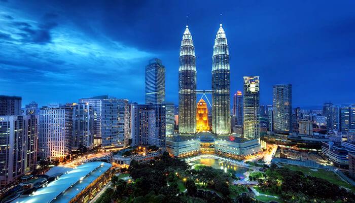 برج دوقلو پتروناس مالزی
