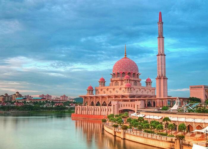 مسجد پوترا در مالزي