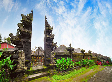 معبد مادر در بالی