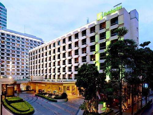 هتل holiday in bangkok