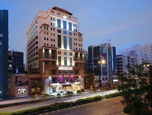 هتل Carlton Palace
